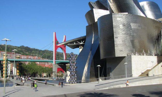 Weekly Travel Highlights: Millennials Embrace Bleisure, Guggenheim Bilbao, Check for Summer Flight Delays