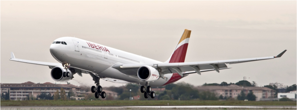 Iberia Unveils First Aircraft to Wear New Colours  at T4 Hub in Madrid