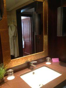Valencia Astoria Palace Guest room Bath
