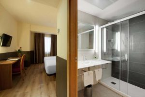 Double Guest Room with Bath View at Hotel Maisonnave