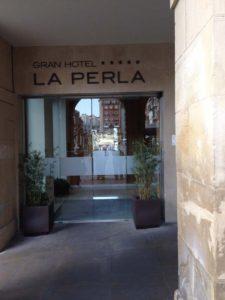Entrance to Gran Hotel La Perla in Pamplona