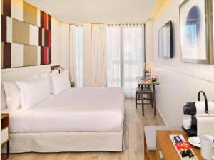 H10 Cubik Hotel Barcelona Classic Guest Room