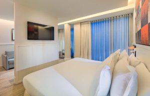 H10 Cubik Hotel Barcelona Junior Suite Bed View