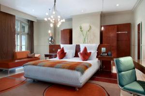 Waldorf Hilton London Executive Design Suite
