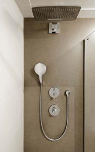 NH Eurobuilding Madrid Guest Room Shower