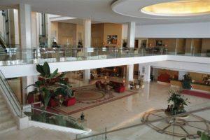 Hotel Miragem Lobby in Cascais, Portugal