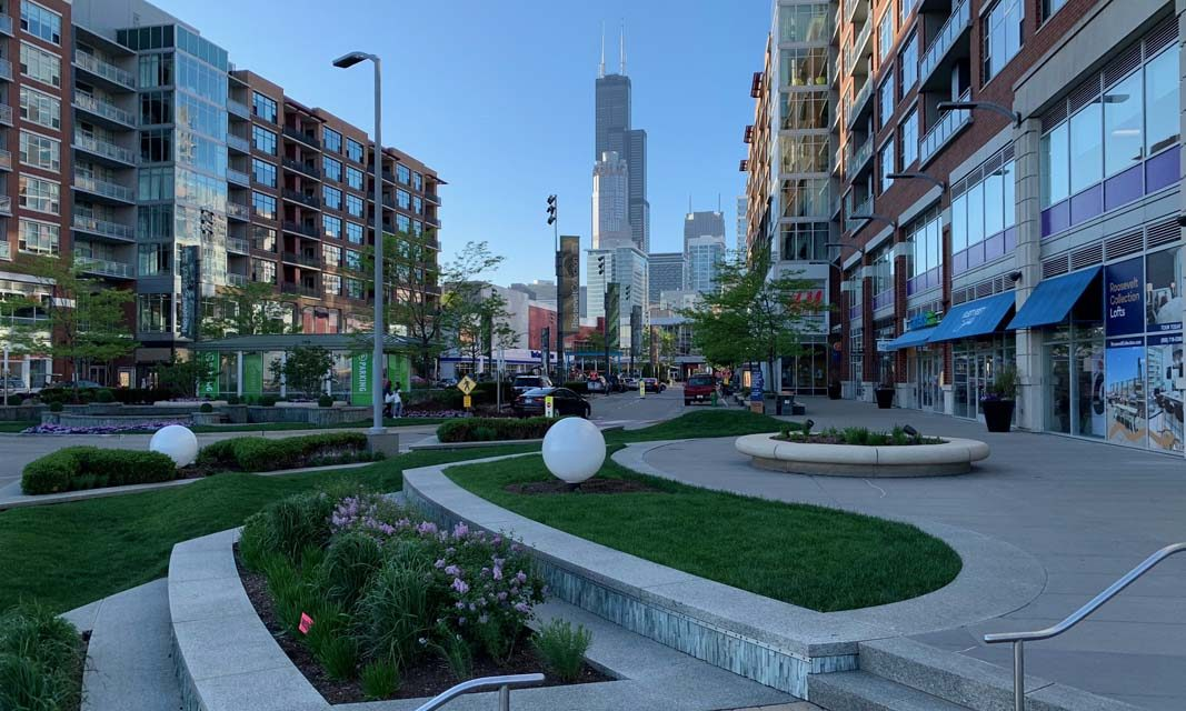 Chicago South Loop Explorers Creates Walks to Highlight Best Things to Do in Chicago's South Loop