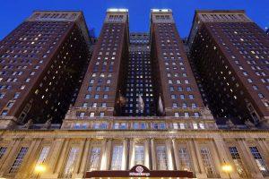 Hilton Chicago Exterior Michigan Avenue